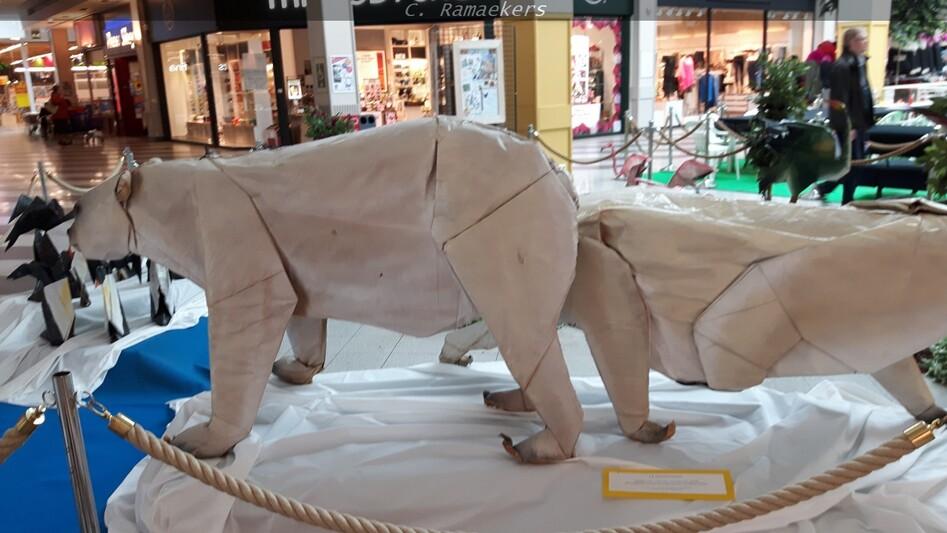 Gérard Ty Sovann, origami géant