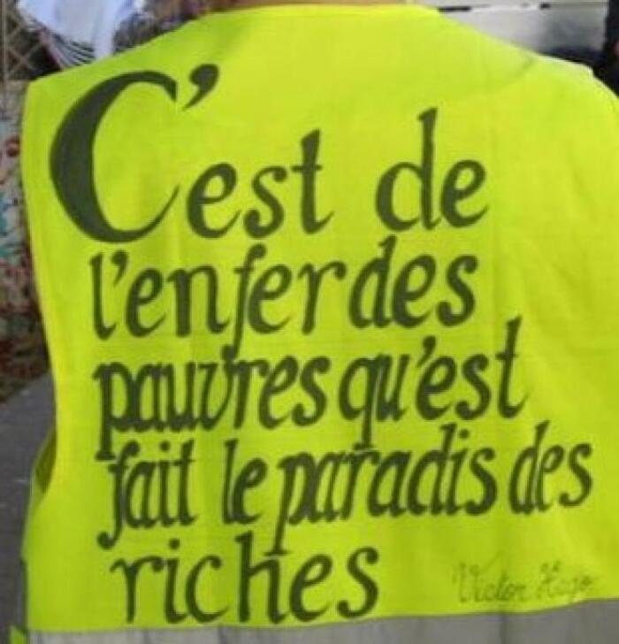 """Un président ne devrait pas montrer ça… """"Macron et les gilets jaunes, l'histoire secrète"""". Doc. BFM"""