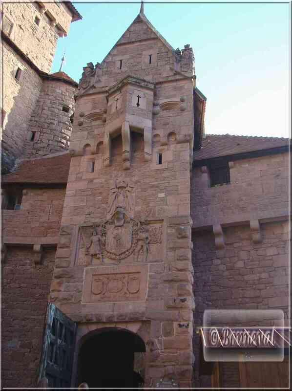 Haut Koenigsbourg portail d'honneur