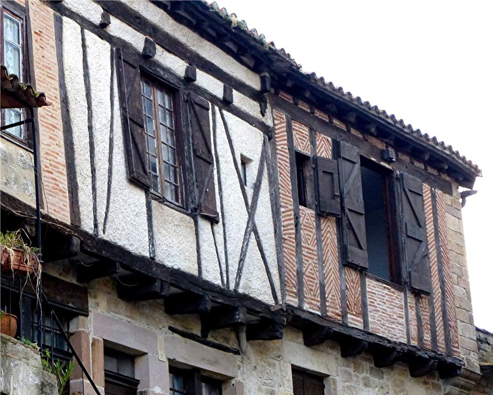 5.Cordes-sur-ciel / Cité médiévale .
