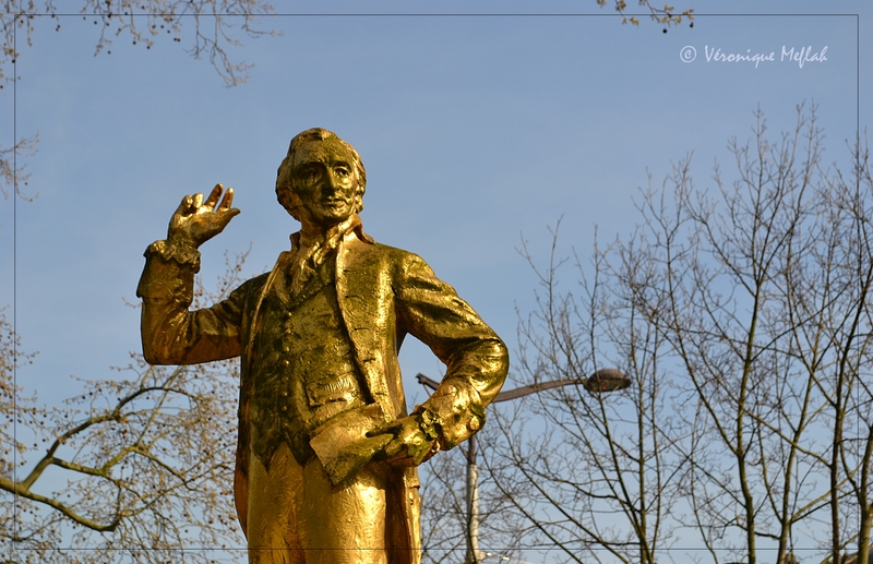 Les statues du parc Montsouris : Thomas Paine,  Citoyen du Monde