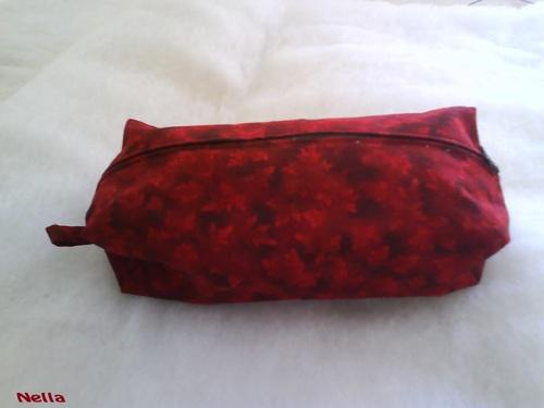 Trousse rouge