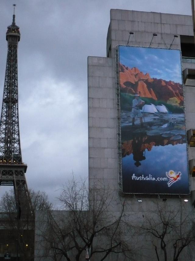 A Paris, avant le depart.