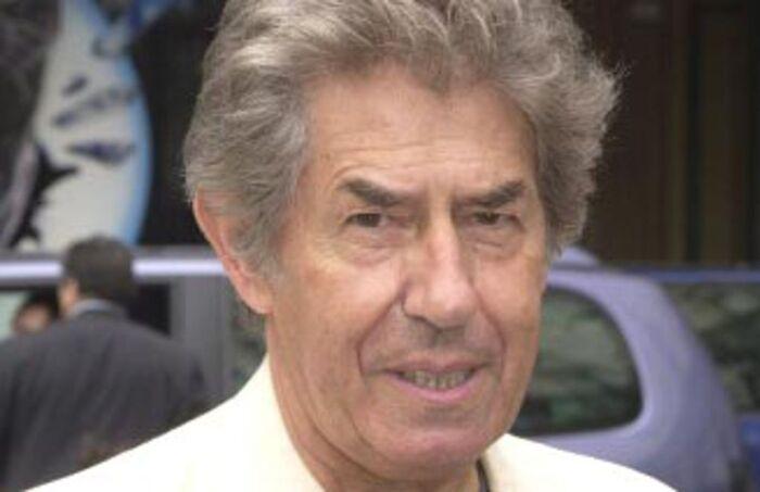 Connu du grand public pour avoir animé l'émission culte de Canal+ « Nulle part ailleurs », Philippe Gildas est mort dans la nuit de samedi à dimanche à l'âge de 82 ans