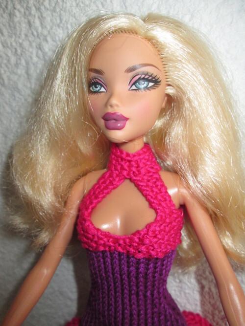 Robes à bretelles pour barbie