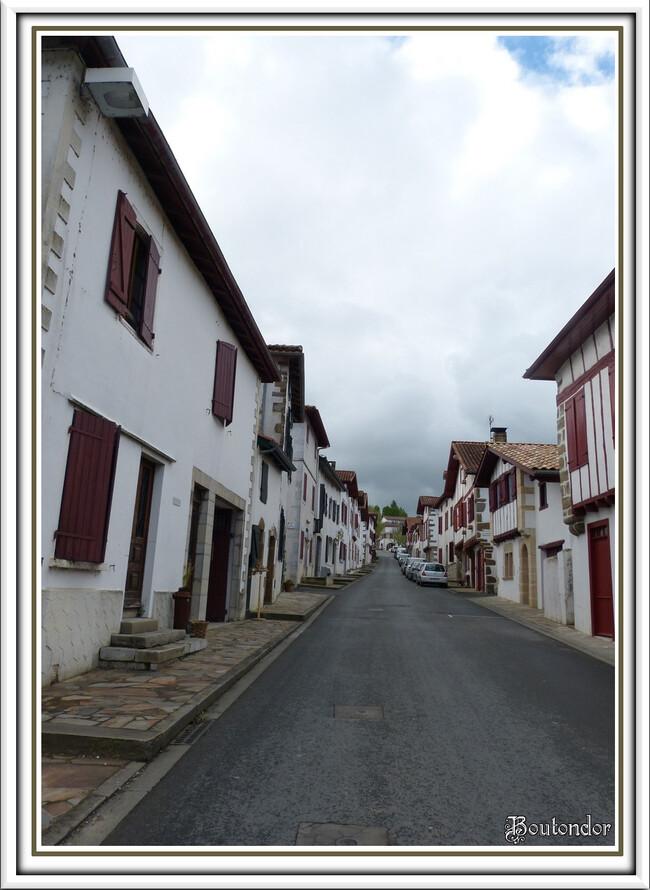 La Bastide Clairence : Serie 1
