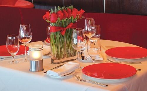 mesa decorada para dia dos namorados Decoração para o Dia dos Namorados