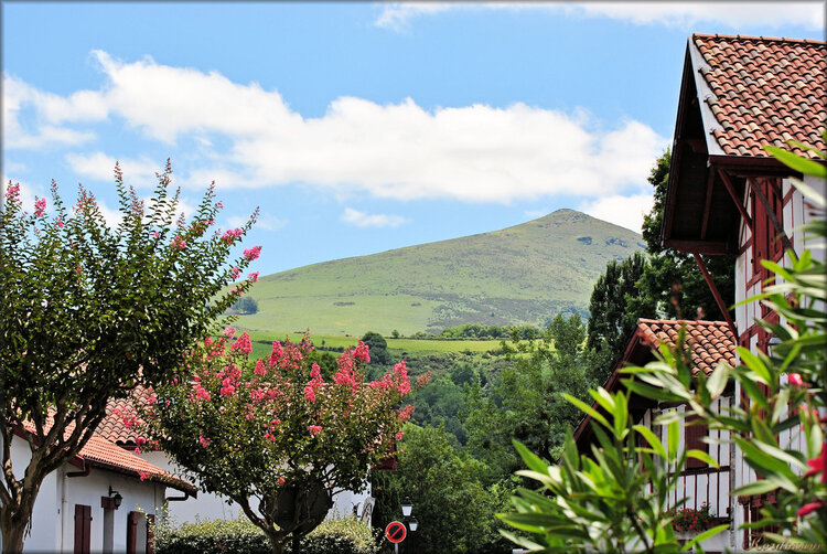 Photos paysages de montagne à Espelette (Pyrenées)