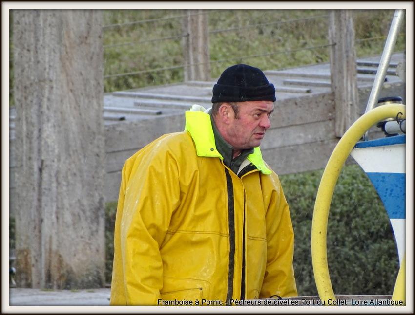 Pêcheurs de civelles au Port du collet - 44 - 2018