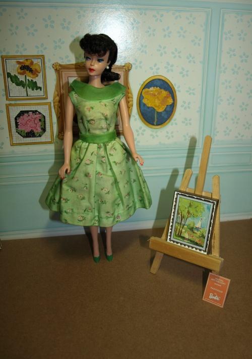 Vintage Barbie : Modern Art