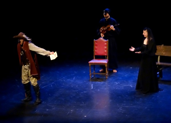 Une superbe représentation de Cyrano de Bergerac a été donnée au théâtre Gaston Bernard de Châtillon sur Seine...