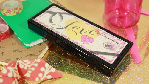LOVE PALETTE DE TOO FACED