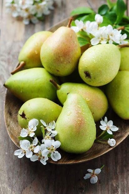 Conserves de poires au sirop