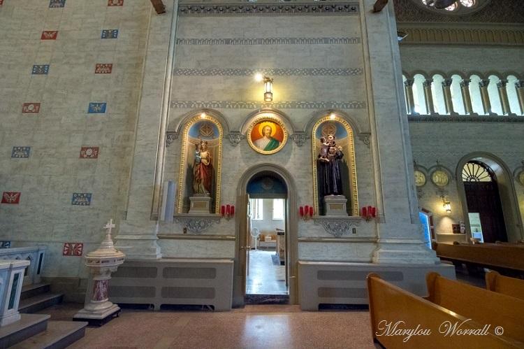 Montréal : Notre-Dame-de-Défense 1/2
