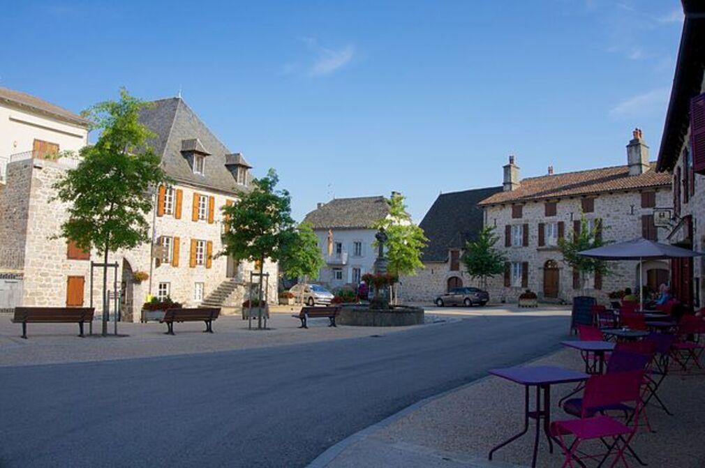 MARCOLES (Cantal)
