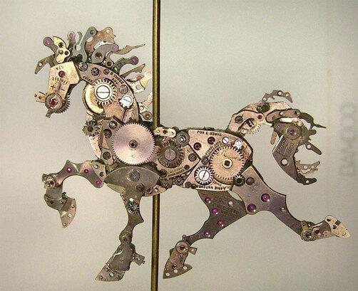 de-vieilles-montres-a-gousset-recyclees-et-transformees-en-detonnantes-sculptures27