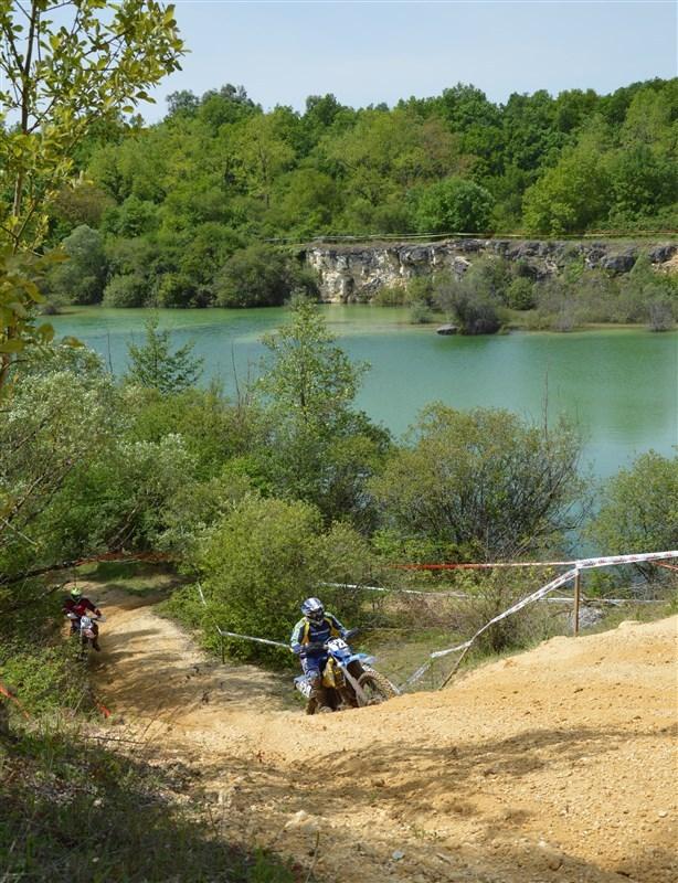 Blog de sylviebernard-art-bouteville : sylviebernard-art-bouteville, 29ème Enduro des Coteaux Charentais . Châteauneuf-sur-Charente 4.05.2014 (N°5)