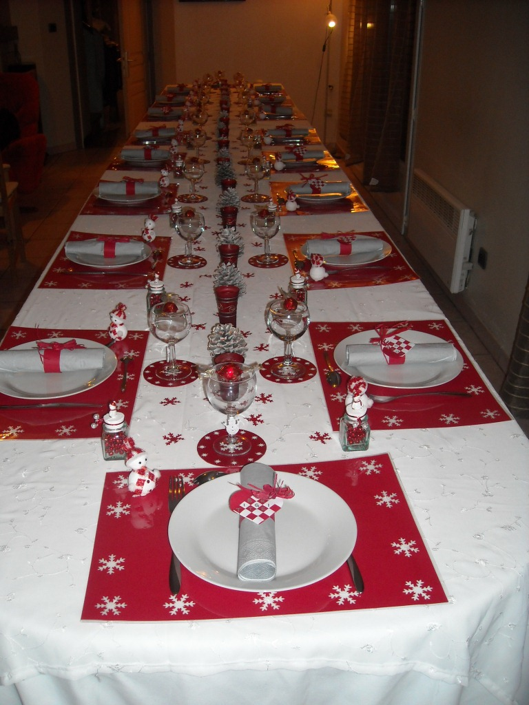 Table noel blanche et rouge d cotable - Decoration de table de noel ...