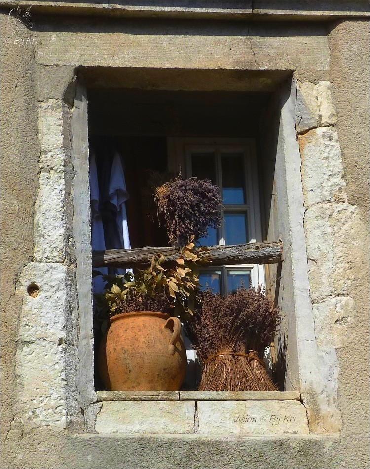 Les Baux-de-Provence (Fr-13) ...