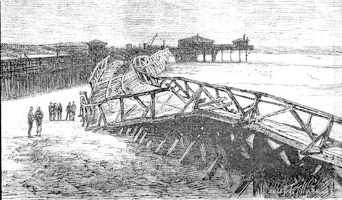 En 1877, une tempête bousculait l'estacade du chemin de fer