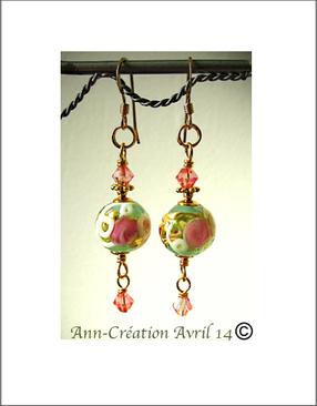 Boucles Verre de Murano authentique, Fleurs Rose et  Feuille d'Or sur fond Vert d'Eau  / Plaqué Or 14 kt Gold Filled