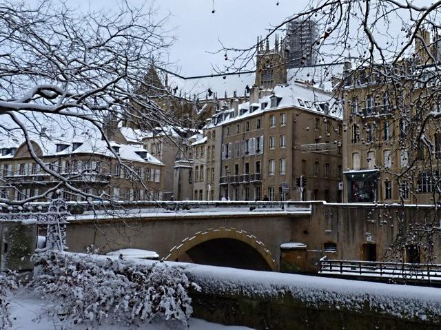 Vivre à Metz sous la neige 21 mp1357 2010
