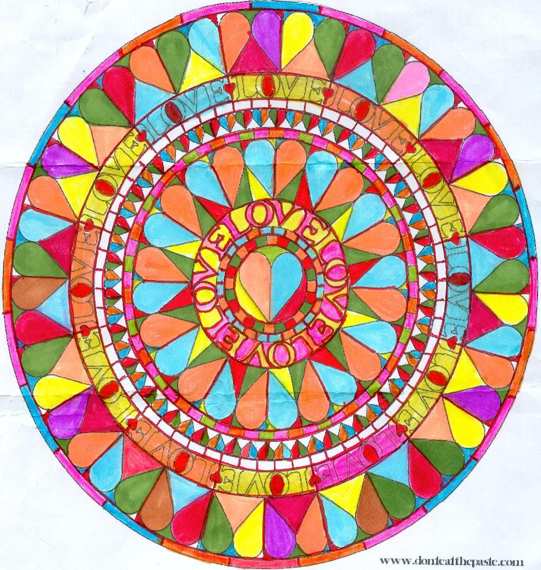 Mandala coeur de toutes les couleurs jeu khanel domandalas - Mandala de coeur ...