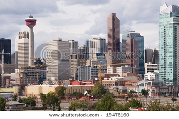 stock-photo-downtown-calgary-cn-tower-and-skyscrapers-19476160
