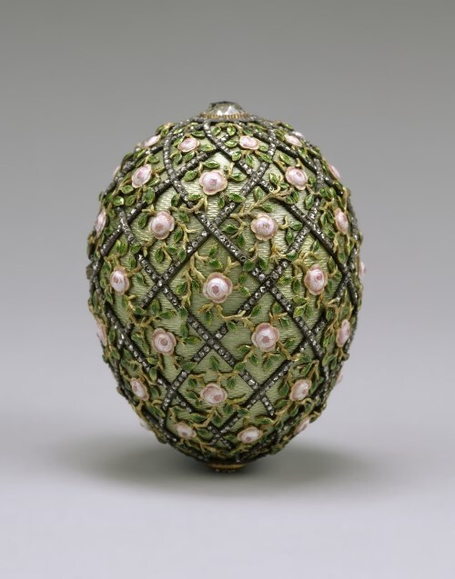 Rose Trellis egg