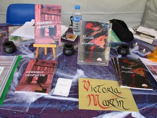 Rencontre littéraire du jour : Victoria Martin, auteure de la saga l'Horrible Prophétie.