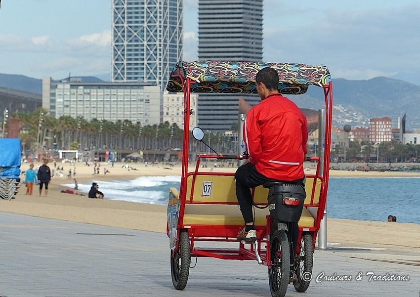 Sur la plage de Barcelone