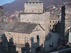800px-Bellinzona Montebello
