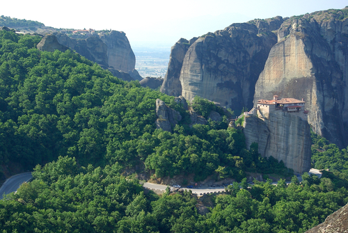 Roussanou et Agia Triada au loin