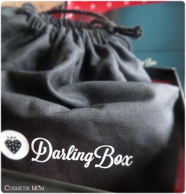 Quand la desperate housewife reçoit une box… coquine