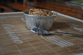 Crumble aux pommes et caramel au beurre salé