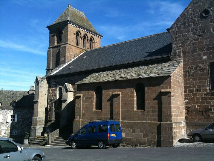 Eglise de Trizac.JPG
