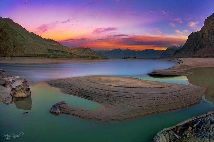 Le Delta De L'Indus À Skardu Au Pakistan...