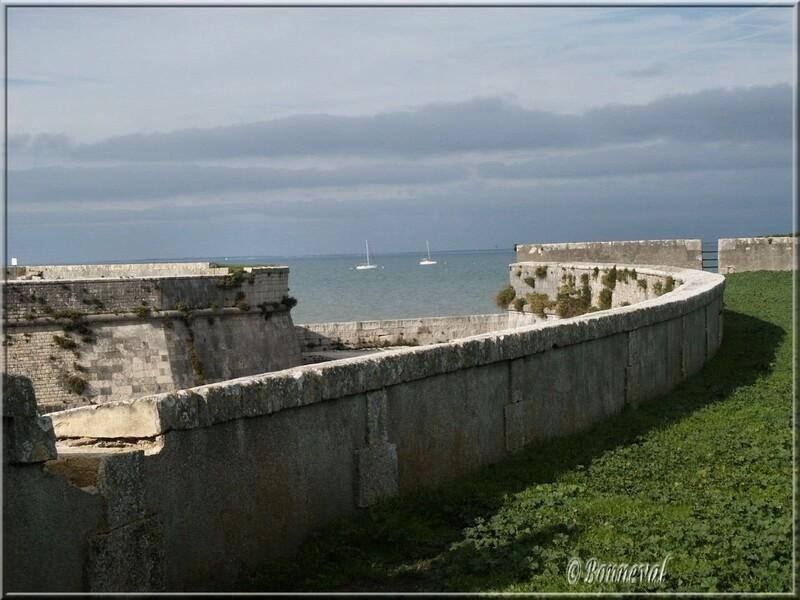 Citadelle de Saint-Martin-de-Ré le havre de la citadelle