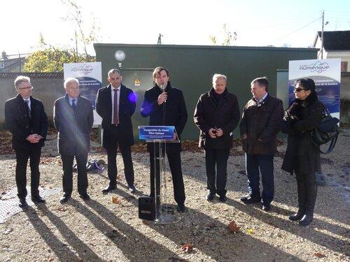 Inauguration de l'arrivée de la fibre optique pour l'internet très haut débit à Maintenon