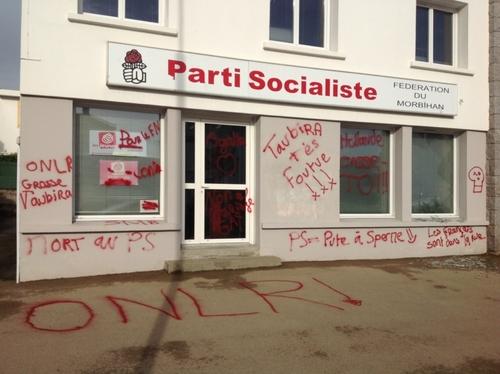 Le siège du PS du Morbihan pris pour cible et vandalisé