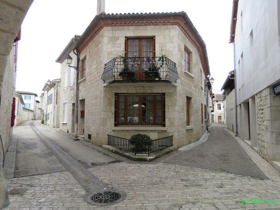 Castelnau - Montratier (46)