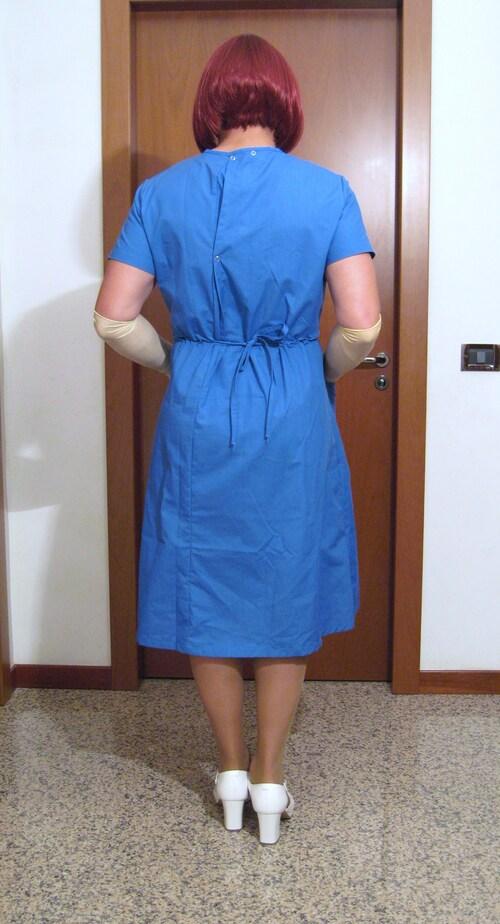 Infirmière Mary en bleu