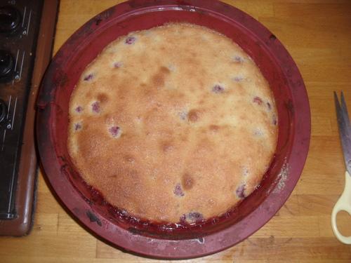 une tarte renversé à la framboise pour (encore) utiliser les blanc d'oeufs