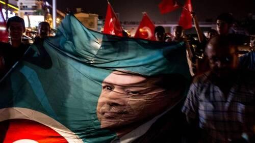 Le coup d'État en Turquie a bien réussi, par Djordje Kuzmanovic (lescrises.fr-18/07/2016)