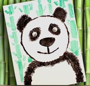 Pandas Et Pousses De Bambou Mitsouko à L école