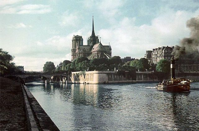 Andre Zucca: Nazi Propaganda Photos - Paris during WW216