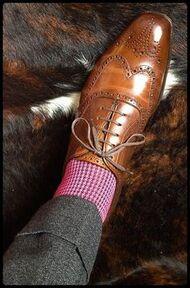 Chaussures et chaussettes dans l'élégance de la mode des Conseils des hommes par Luca Locci
