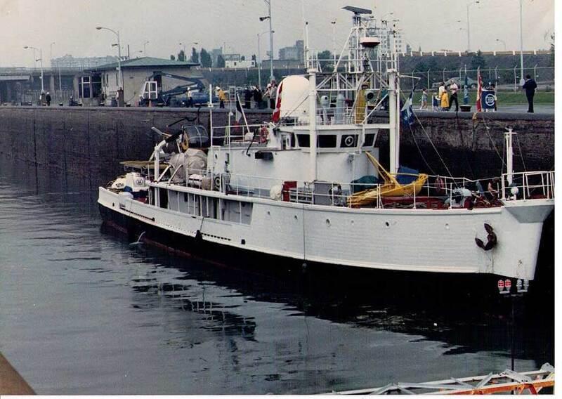 Le Commandant Cousteau NF1-Oxv47flsrsmtNA1SD4_1QFs@800x568