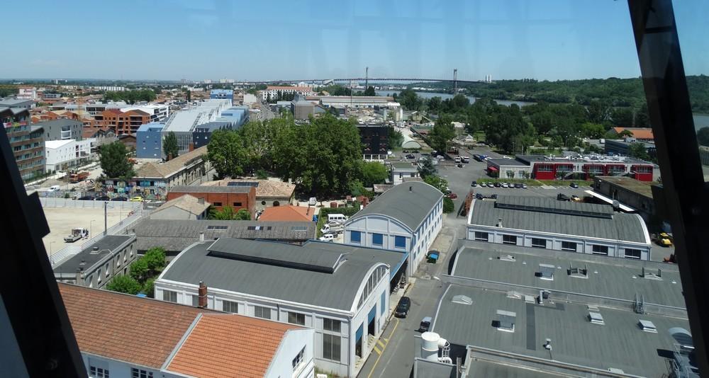 Le panorama depuis la Cité du Vin à Bordeaux...