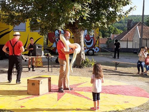 circus menagerie